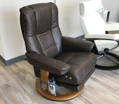stressless mayfair legcomfort paloma chocolate leather recliner chair by ekornes