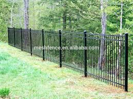 Recinzioni Da Giardino In Metallo : Struttura in metallo materiale e recinzioni traliccio da giardino