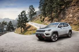 2018 jeep compass brazil. contemporary brazil 2018 jeep compass trailhawk exterior front three quarter in motion 03 on jeep compass brazil
