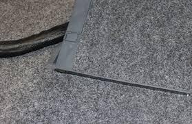 Bestimmte einfache tätigkeiten bei der elektroinstallation, können vom geübten heimwerker problemlos selbst erledigt werden. Kabel Verstecken So Verstauen Sie Den Kabelsalat Chip