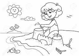 Jeune Fille Jouant Avec Du Sable La Plage En Vacances
