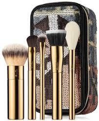 collector s set includes limited edition the buffer airbrush finish foundation brush limited edition concealer brush limited edition eyeshadow brush