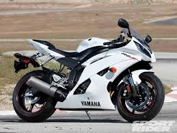 yamaha r6. 2010 yamaha yzf-r6 - a second first impression r6