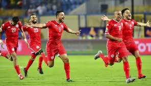 أعلن منذر الكبير مدربُ مُنتخب تونس لكرة القدم تشكيلةً ضمّت 29 لاعبًا، بينهم لأوّل مرة حنبعل المجبري لاعب وسط مانشستر يونايتد، وعمر الرقيق مدافع أرسنال، استعدادًا لخوض ثلاث مباريات ودية الشهر المُقبل، كما. منتخب تونس في طريقه نحو الحلم القار ÙŠ رغم النقائص العديدة نون بوست
