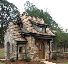 Stone Farmhouse Designs Tiny Stone Cottage In 2020 Stone Cottages Small Cottages