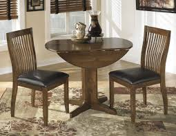 Traditional Dining Room Design With Small Drop Leaf Dining Table - Leaf dining room table