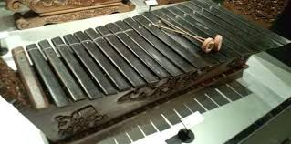 Alat musik betawi pertama adalah gambang kromong. 5 Fakta Menarik Alat Musik Gambang Khas Betawi Theasianparent Indonesia