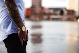 Foto Gratis Tatuaggio Braccio Viaggiare Urbano Orologio Da