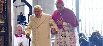jaque al obispo - Página 3 Images?q=tbn:ANd9GcStVJYv7QeSYiokOzxOc_8iWF6umz3lF0YaVaRP89LqX2z25dH6