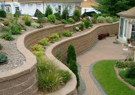 backyard retaining wall designs. Fantastic Wavy Retaining Wall Ideas From Stone Blocks For Alluring Back Yard Landscape Backyard Designs F