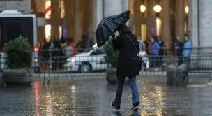 Allerta meteo a Roma e in tutto il Lazio: per domani previsti forti  temporali e raffiche di vento