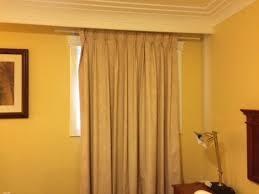 curtain rod was plenty wide en
