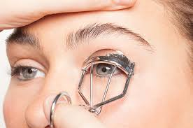 eyelash curler results. how to curl lashes (the right way) eyelash curler results beautylish