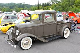 27 Great Classic Trucks from Street Rodder's Top 100 Contest - Hot ...