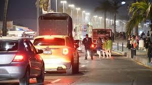 Resultado de imagen para tráfico en mazatlan malecon
