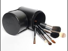 the best makeup brushes for you younique ultimate makeup brush set review you