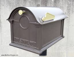 Residential mailboxes side view Parcel Balmoral Mailbox Flag Side Photo Whitehall Balmoral Mailbox Flag Side View Mailbox Shoppe Discount Whitehall Balmoral Mailbox And Post Sale