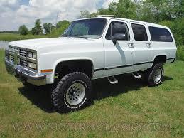 Chevy Chevrolet V20 V2500 1991 91 Suburban Silverado white 4x4 lifted