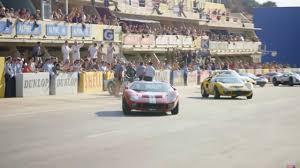 Ferrari) est un film américain réalisé par james mangold, sorti en 2019.il s'agit de l'adaptation du livre go like hell: Le Mans 66 Clips Reveal The Movie Magic Behind Its Stunts