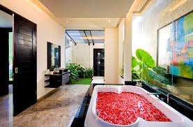 Luxury Modern Master Bathrooms