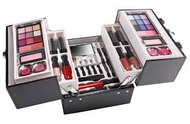 the color insute making up is even easier make up set