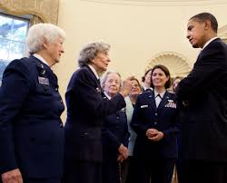 Barak obama oval office golds President Trump Filepresident Barack Obama Chats With Wasp Pilots In The Oval Officejpg Wikimedia Commons Filepresident Barack Obama Chats With Wasp Pilots In The Oval