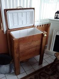 recycled pallet cooler stand for outdoor