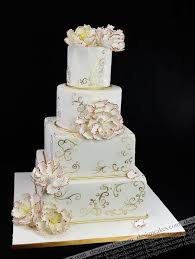 Cake Wedding Design Pictures White And Gold Wedding Cake