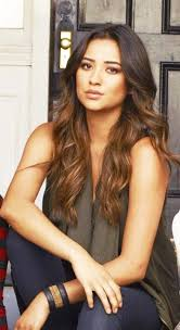 pretty little liars emily hair images source
