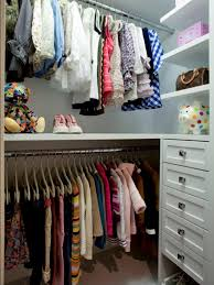 girls walk in closet. Photo By: Courtesy Of California Closets Girls Walk In Closet