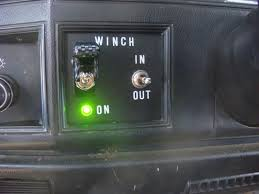 warn winch remote toggle in cab pirate4x4 com 4x4 and off road here is the panel installed in my xj