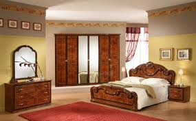modern traditional bedroom design. Superior Contemporary Black Italian Furniture Ideas For Apartment Traditional Master Bedroom Design Featuring Classic Gioia Mahogany Wood Queen Bed Frame Modern