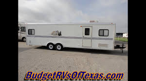 2004 28ft per pull work and play toy hauler