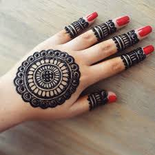 Simple Round Mehndi Design Formorestufffollow Pinterest Geetha Mehndi Designs For