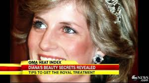 what s princess diana had in her makeup bag