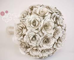 Narcisi, giacinti, tulipani, ranuncoli e fiori di pesco; Quali Fiori Regalare Per L Anniversario Di Matrimonio E Dove Trovarli Online