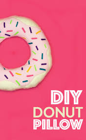 keep on reading for the full how to tutorial for this awesome diy donut pillow