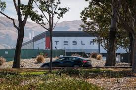 After the split, the tesla stock price will be divided by four. After Stock Split Tesla S Share Sale Plans Boost Bonds Wsj