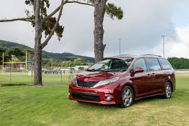 2017 Toyota Sienna gets more power, gears, efficiency [News] - The ...