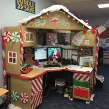 decorating your office desk. work desk decorations gingerbread christmas cubicle decorating your office