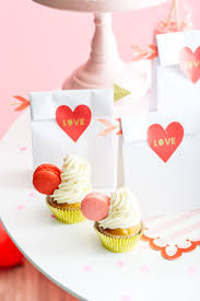 cute and quirky valentine s day gifts by ashley rose of sugar cloth an award winning diy valentinesday valentine giftideas