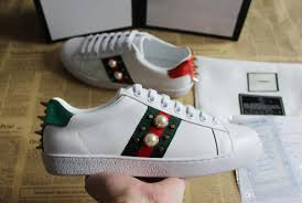White Designer Shoes Women White Designer Shoes Luxury Shoes Casual Shoes Mens Women Sneakers With Bee Tiger Fish Snake Heart Love Pearl Genuine Leather Ace Shoe Best Best Shoes