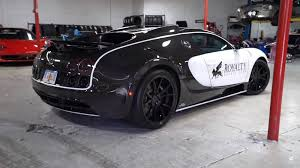 Taking a vehicle like the bugatti veyron through to its top speed isn't easy. Watch How The 21 000 27 Hour Oil Change Is Done On A Bugatti Veyron Top Speed
