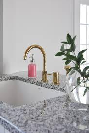 Making The Case For White Undermount Kitchen Sinks