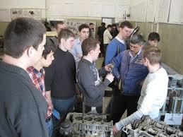Лаборатории Южно Уральский государственный университет  была создана в 1988г и является подразделением Уральского отделения Академии Наук Российской Федерации и Южно Уральского государственного университета