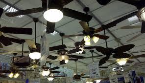 ceiling fan direction in summer