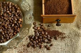 Our whole coffee beans come in many roasts that are perfect for making espresso without a machine and achieving a robust flavor. Whole Beans Vs Ground Coffee What S The Difference Craft Beverage Jobs