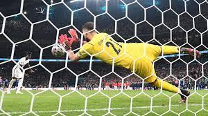 بيكيه: إيطاليا فازت بسبب الأفضلية في ركلات الترجيح