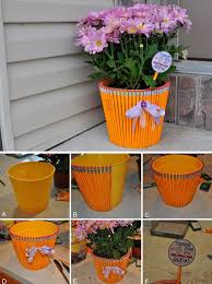if you have children with them in this way decorate the pot using pencils