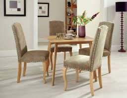 benefits of a square dining table